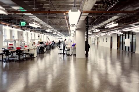la-ar-shinola-opens-leather-factory-detroit-20140514