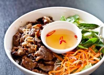 Vietnamese Bun as a starter
